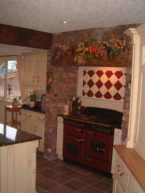 Aga Flanked With Pilaster Units