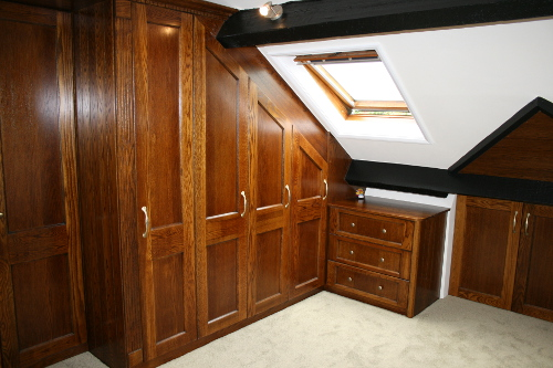 Drawer Chest With Radius Gable