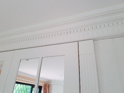 Hand Painted Fluted And Castillated Ceiling Cornice