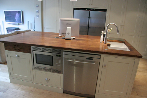 Island With Sink St/St Micro And Dishwasher