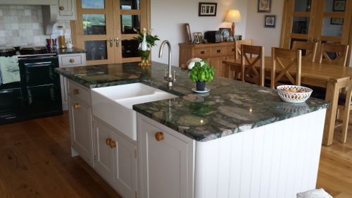 Island With Twin Ceramic Belfast Sink