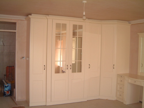 Ivory Lacquered Bedroom