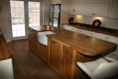 Oak Island With Belfast Sink