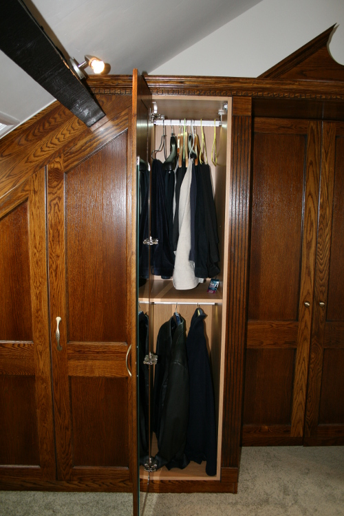 Robe With Twin Hanging Rails