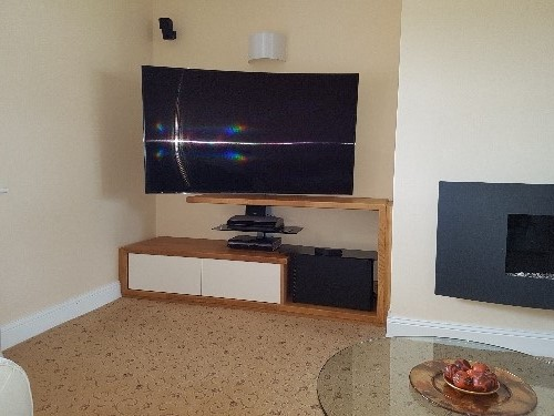 TV Stand With 40mm Solid Oak Surround