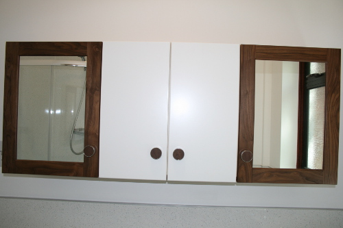 Vanity Wall Units With Mirrored Doors